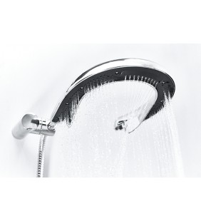 Shower handle to avoid getting your hair wet - Llorona